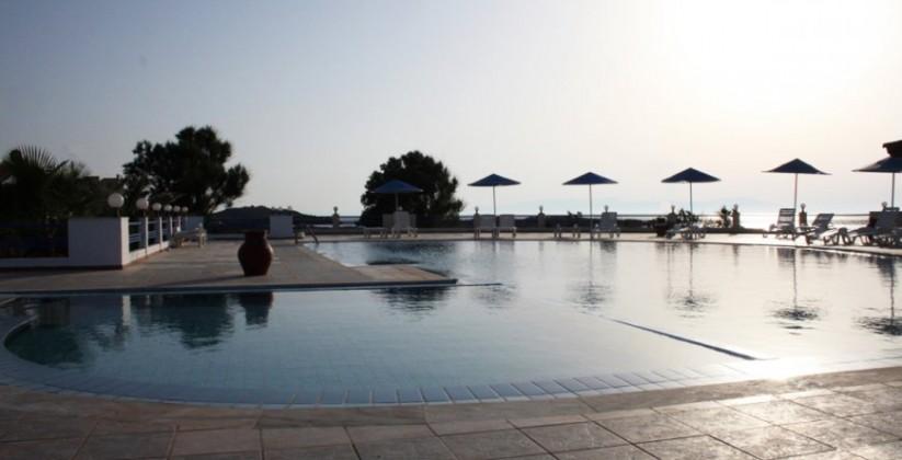 chania-hotels-pool-04