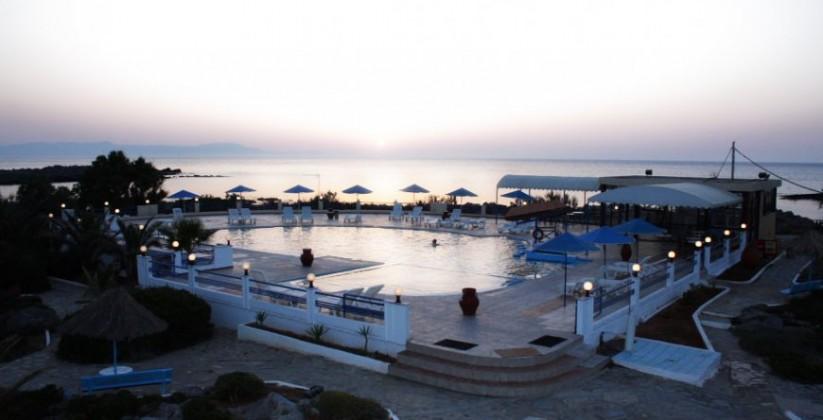 chania-hotels-pool-06